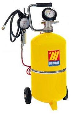 Tyre pump and pressure gauge