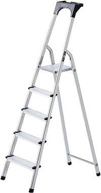 Aluminium household ladder with tool tray 8 rungs Platform height 1.62m