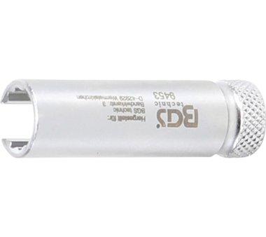 Vacuum-pressure adjuster socket for VAG Turbocharger